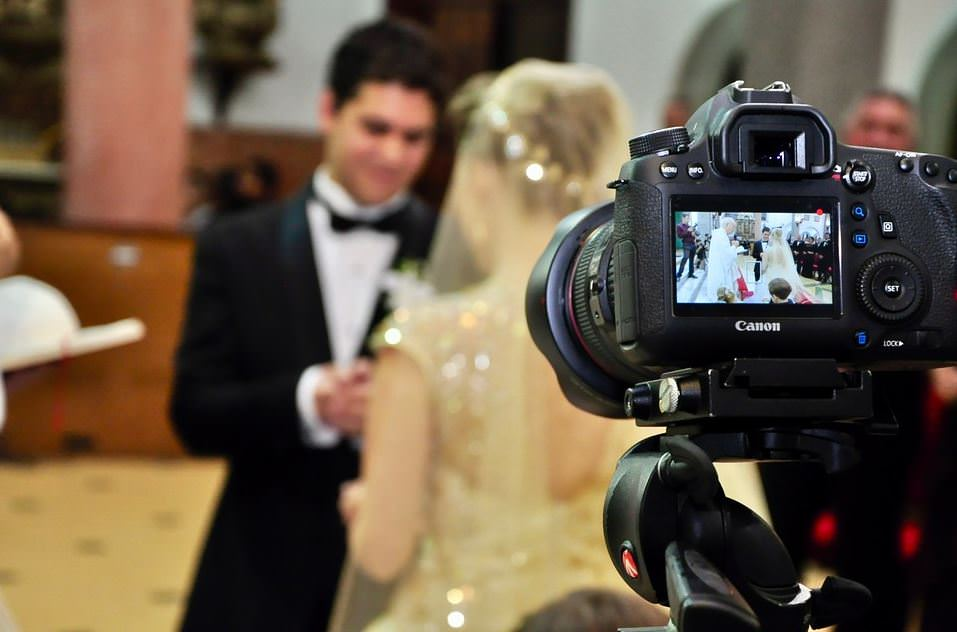 Videographers– How do you choose one and what you need to know